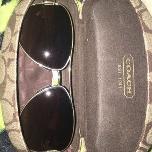 Vintage Coach sunglasses + cleaning cloth and case